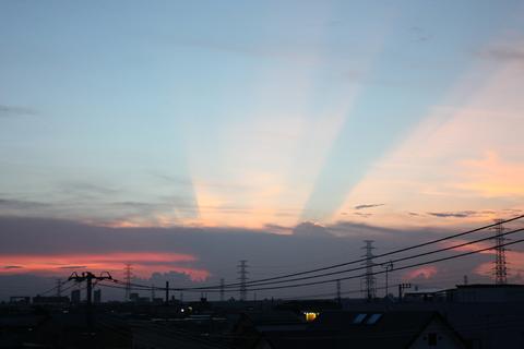 20100719空(光夕焼け).JPG