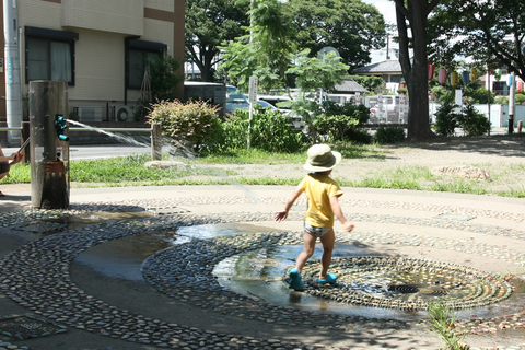 20100719公園(水遊び).JPG