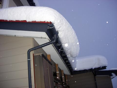 20101226アクアリウム(クリスマス)屋根積雪.JPG