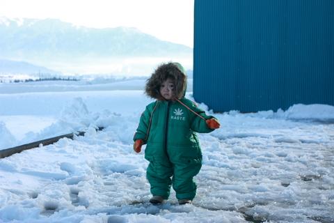 20101227アクアリウム(冬)雪遊び娘.JPG