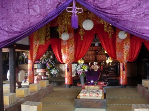 20110511GW(お寺)本堂.JPG